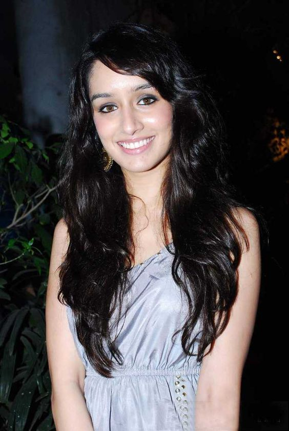 Shraddha Kapoor Cute Smile Hd Images Hot Wallpapers