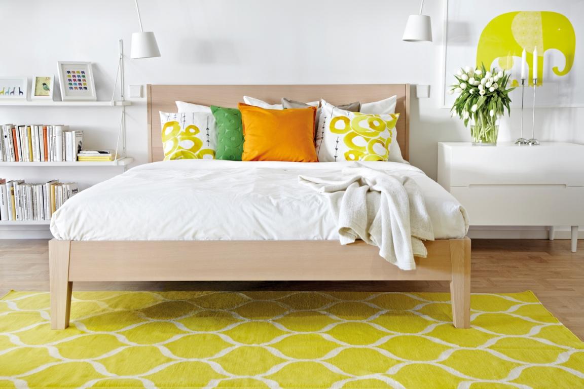 Alfombra Verde Ikea. Amazing En Primer Plano Mesa Auxiliar Lovbacken ...