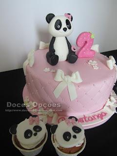 cupcakes e bolo panda