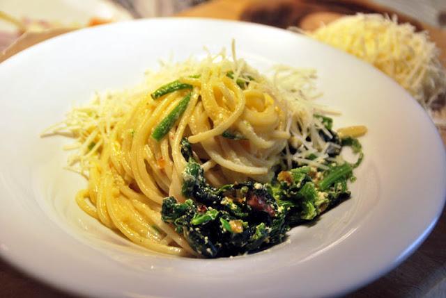 Spaghetti, Ei, Spinat, Speck, Zwiebeln, Knoblauch | pastasciutta