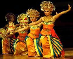 Seni Budaya Tari Kecak - Bali, Indonesia