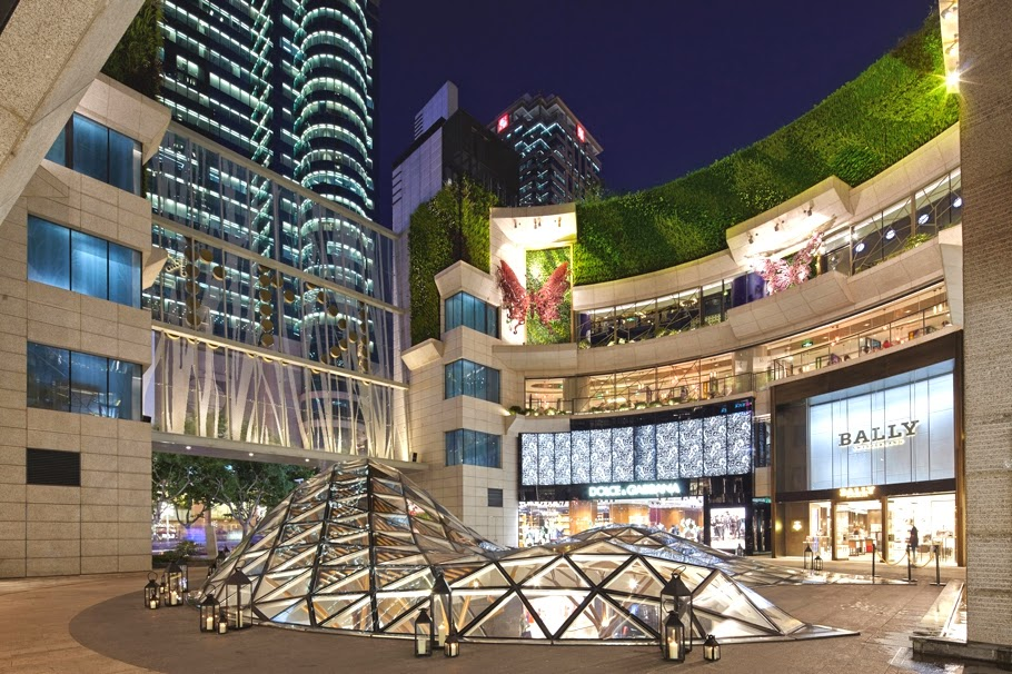 Public Art Network: The Chinese mall that thinks it's an art