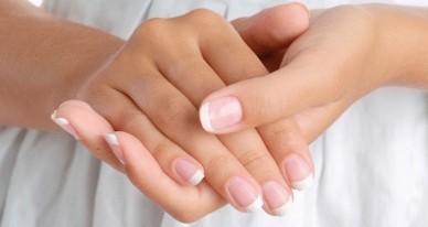 Ломкие ногти и волосы причины