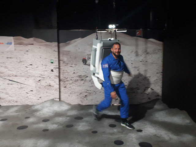 Moon runner at cite de l'espace in Toulouse
