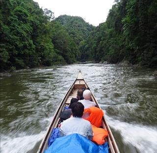 Menjelajah Taman Nasional di Pulau Sumatera