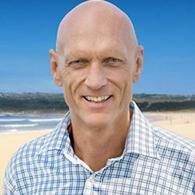 how tall is peter garrett