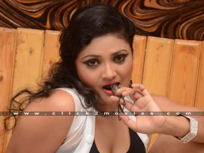 Vasavi Reddy Hot and Spicy Feelings