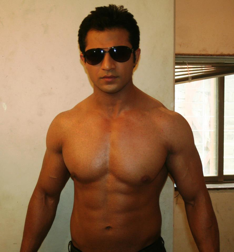 Dare to bare : Hot Indian TV Actors : Mohammad Nazim