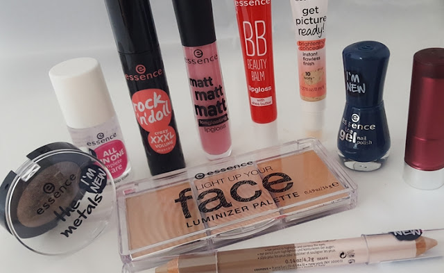 nailpolish the mteals lipgoss lipstick