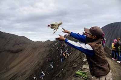 Legenda Yadnya Kaseda Gunung Bromo Suku Tengger