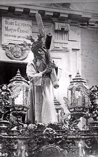 El señor del Gran Poder con tunica blanca en 1913