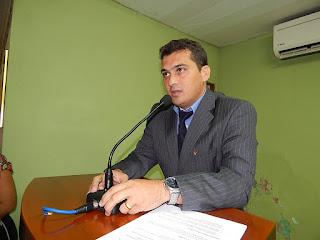 Blog do Flaviano Oliveira: Arneiroz: Vereador quer inclusão de ...