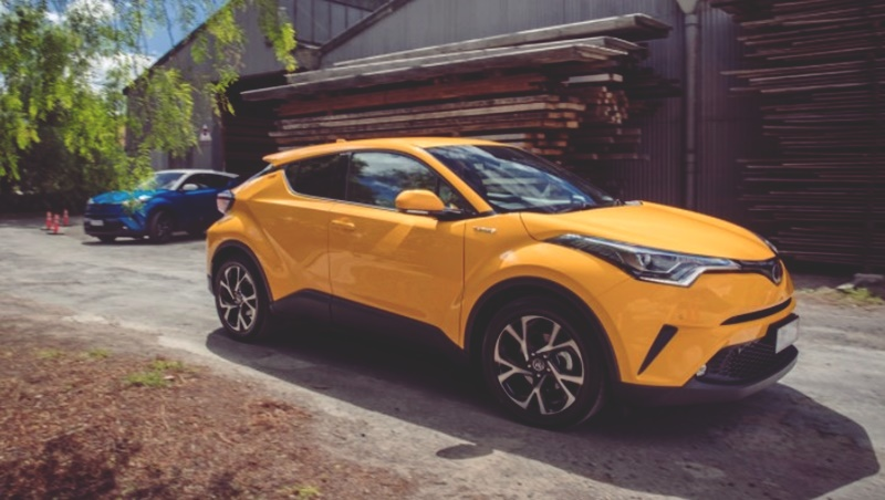 2018 Toyota C-HR Review and Limited