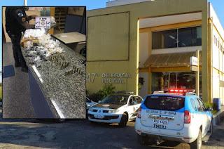 http://vnoticia.com.br/noticia/2295-madrugada-violenta-em-guaxindiba-um-morto-e-outro-baleado
