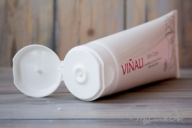 Viñali: crema hidratante corporal y jabón exfoliante.
