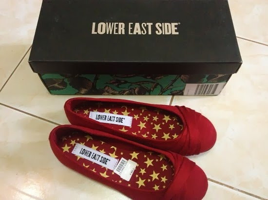 The Budget Fashion Seeker - Red Flats from Payless Shoe Source (Lower East Side) 2
