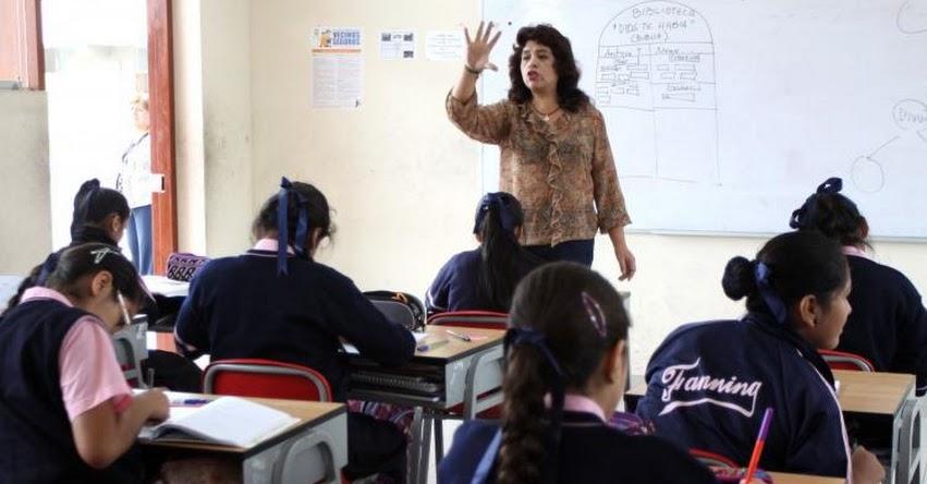 Maestros recibirán aumento de sueldo de S/200 en todas las escalas de la carrera magisterial, informó el Ministro de Economía [VIDEO]
