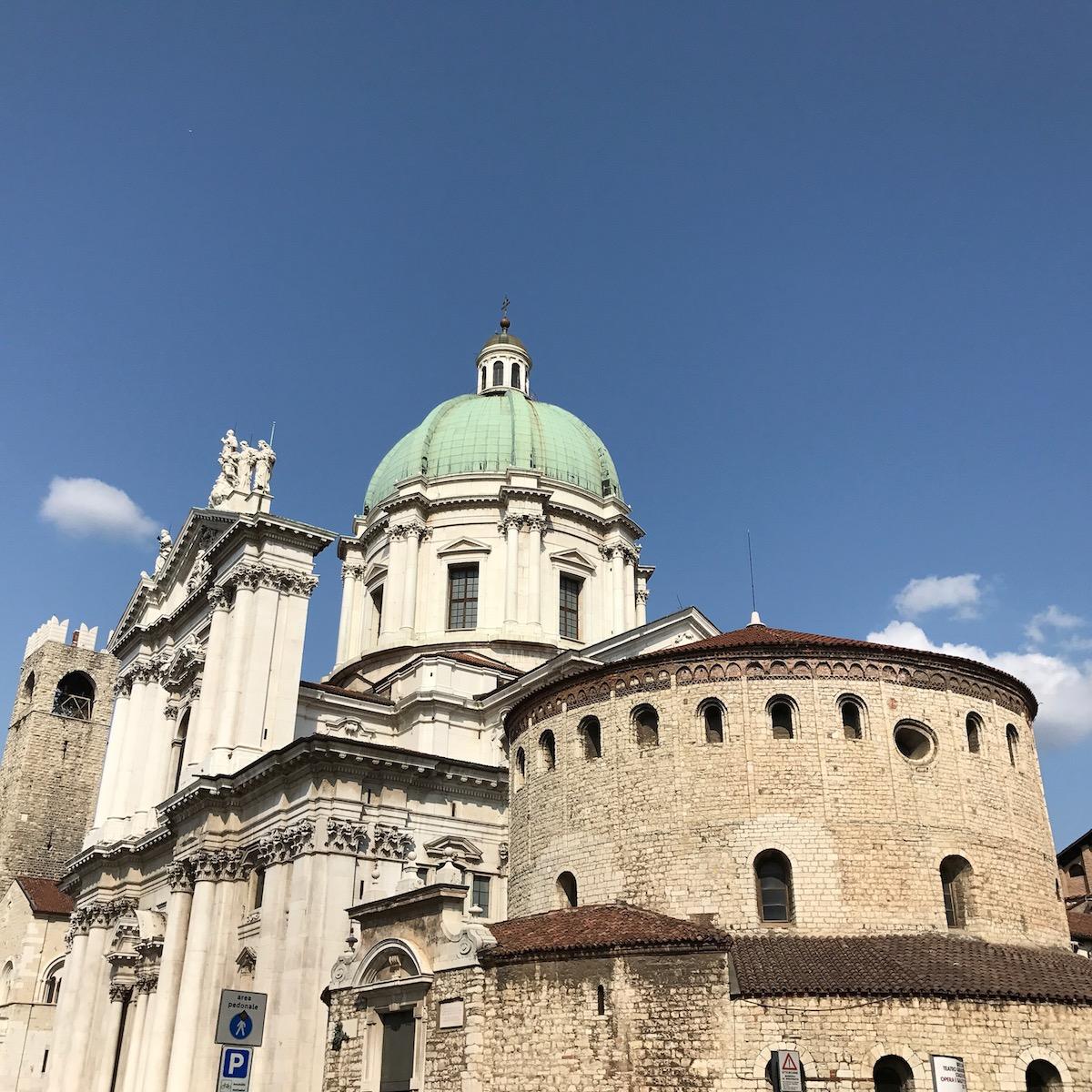 Duomo Nuovo ja Duomo Vecchio, Brescia, Pohjois-Italia