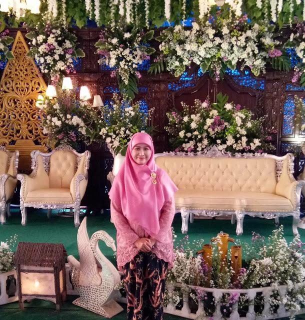kebaya pernikahan