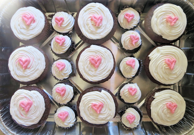 Heart Cupcakes & Mini Heart Cupcakes - Overhead View