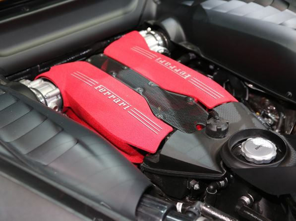 2017 Ferrari 488 GTB Scuderia Engine