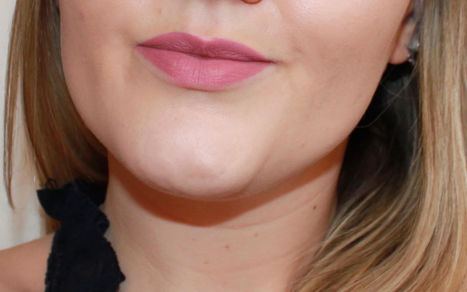 beauté avis Everlasting liquid Lipstick Kat Von D rouge à lèvres liquides mats teinte Lovesick @DeuxAimes