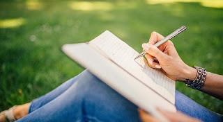 تفسير رؤية الكتابة  في المنام بالتفصيل