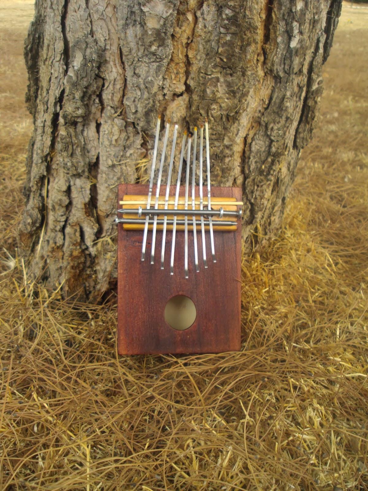 Le Kalimba, un instrument de musique simple et magique. 2