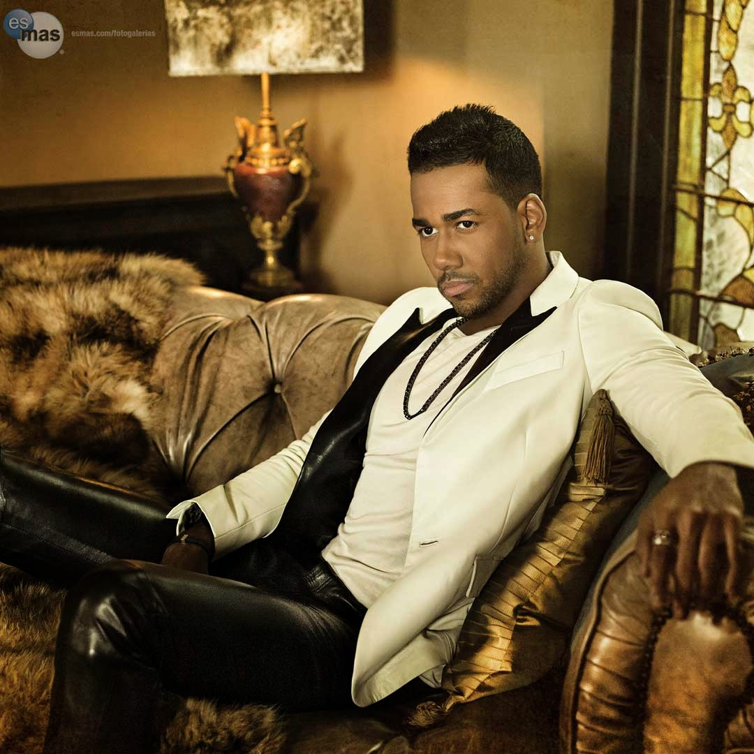 download eres mia romeo santos mp3