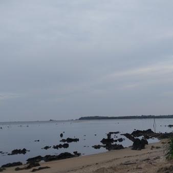 Jelajahi Pantai dan Alam di Pulau Lingga