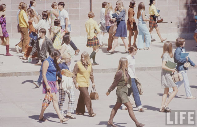 Moda szkolna w latach 60.