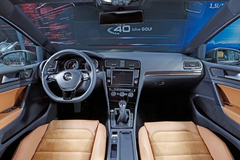 golf edition tem couro branco  madeira  interior carblogbr