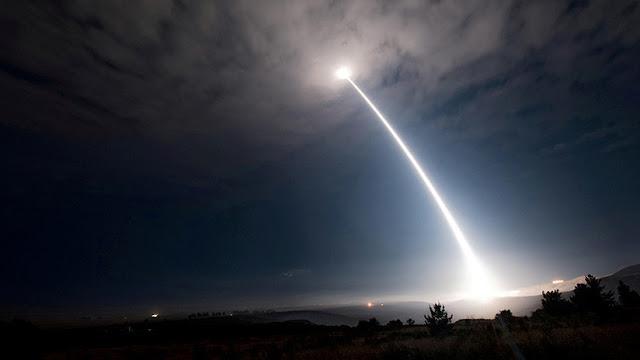 """""""La nueva estrategia del Pentágono aumentará el riesgo de que estalle una guerra nuclear"""""""