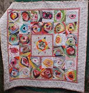 http://patchworkjitka.blogspot.cz/2018/01/life-quilt-no-49-star-and-roses.html