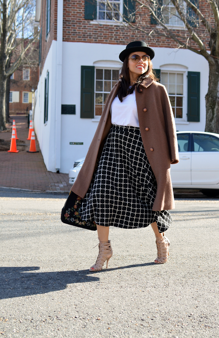 Midi skirt street style outfit
