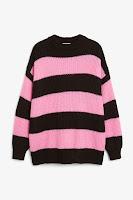 https://www.monki.com/en_eur/clothing/knitwear/product.oversize-knit-top-black-magic/wild-strawberry.0501666006.html