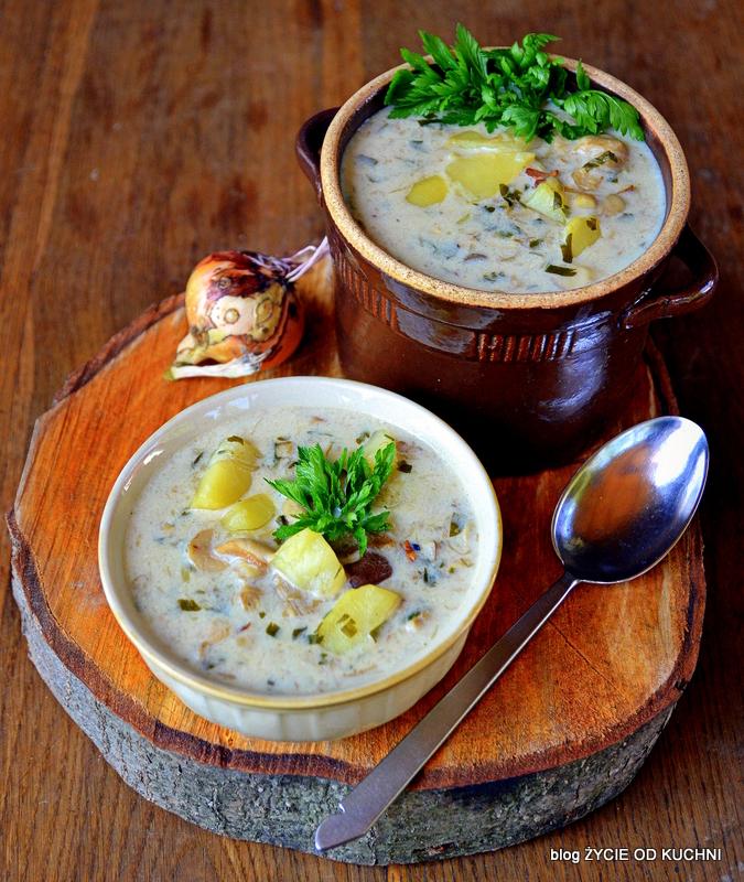 zupa grzybowa, grzyby, sierpien, sezonowe przepisy