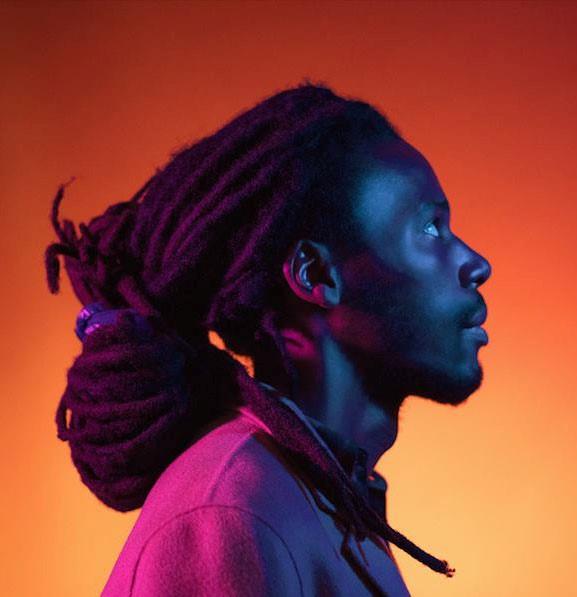 Williams Brutus sort Rete Ave'm, son premier morceau en créole haïtien. Sublime découverte