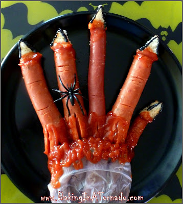 Bloody Fingers Halloween Dinner: Simple ingredients made to look like a bloody hand for a fun and entertaining Halloween dinner, for a party or at home| Recipe developed by www.BakingInATornado.com | #recipe #Halloween