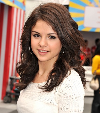 All About Hollywood Stars: Selena Gomez Biography and Images-Pictures 2012