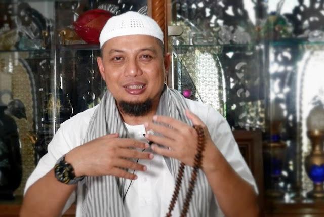 KH Ma'ruf Minta Dukungan Az-Zikra, Ini Jawaban Arifin Ilham
