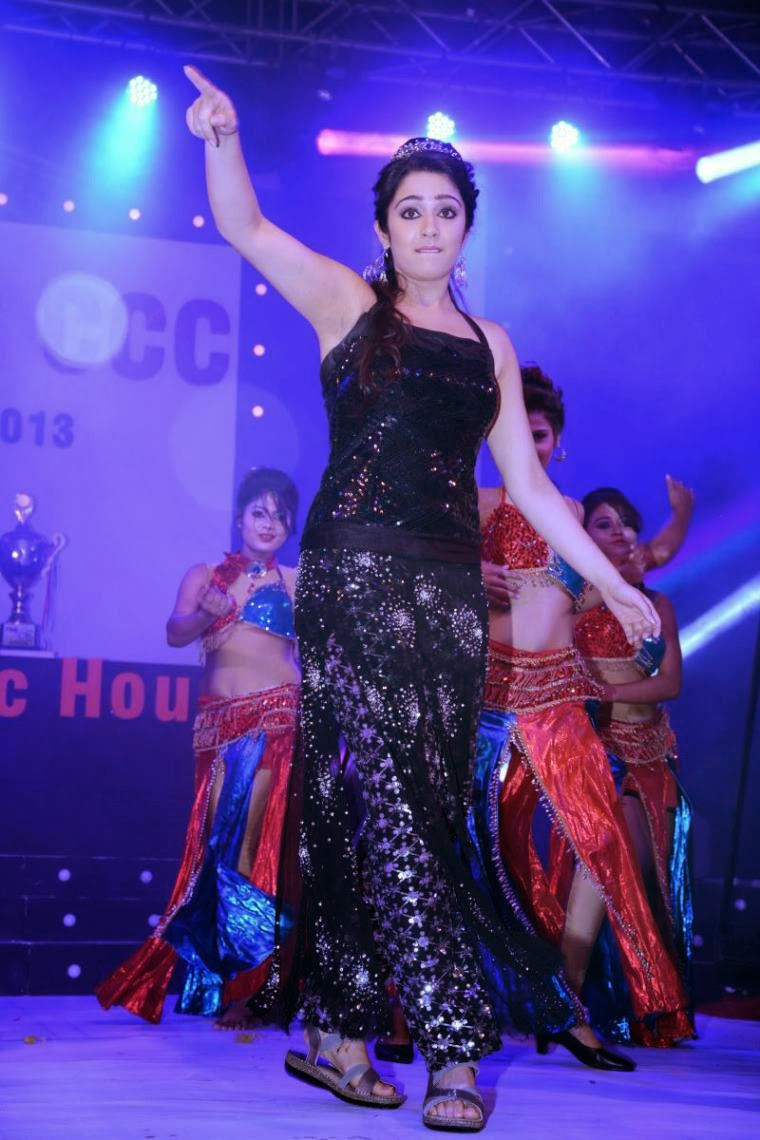 Heroines Dance Photos At Cinemaa Awards 2012: : Charmi Kaur Hot Dance Performance On