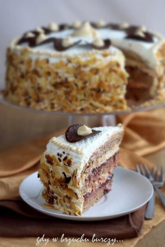 tort z masa krówkową