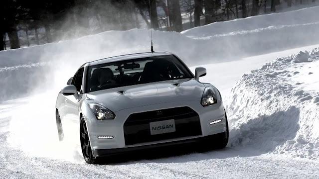 nissan gtr r35 snow