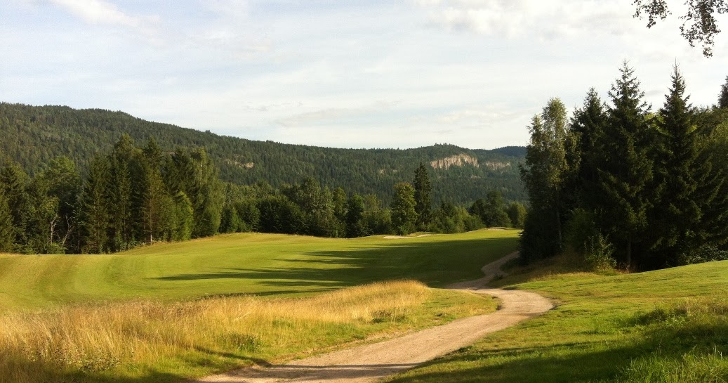 ae493731 MizzTee; your lost golfer. En rosa golfblogg. : Holtsmark Golf
