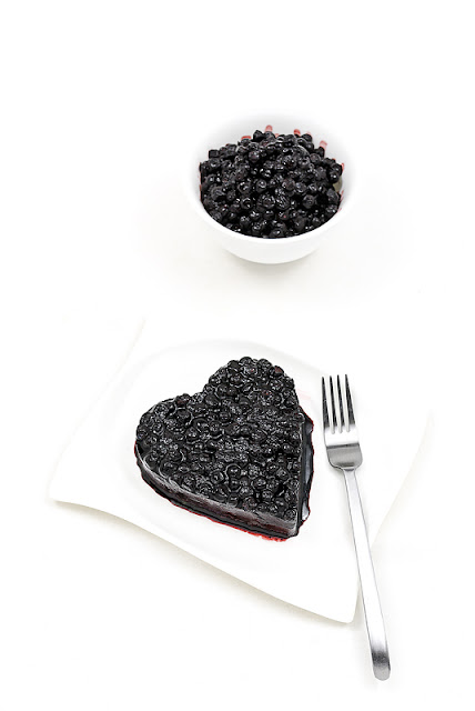 Valentine blueberry cake and frozen blueberrys