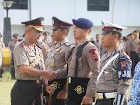 Sabar dan Tak Terpancing Emosi Saat Pengamanan, Pak Saiful Dapat Penghargaan
