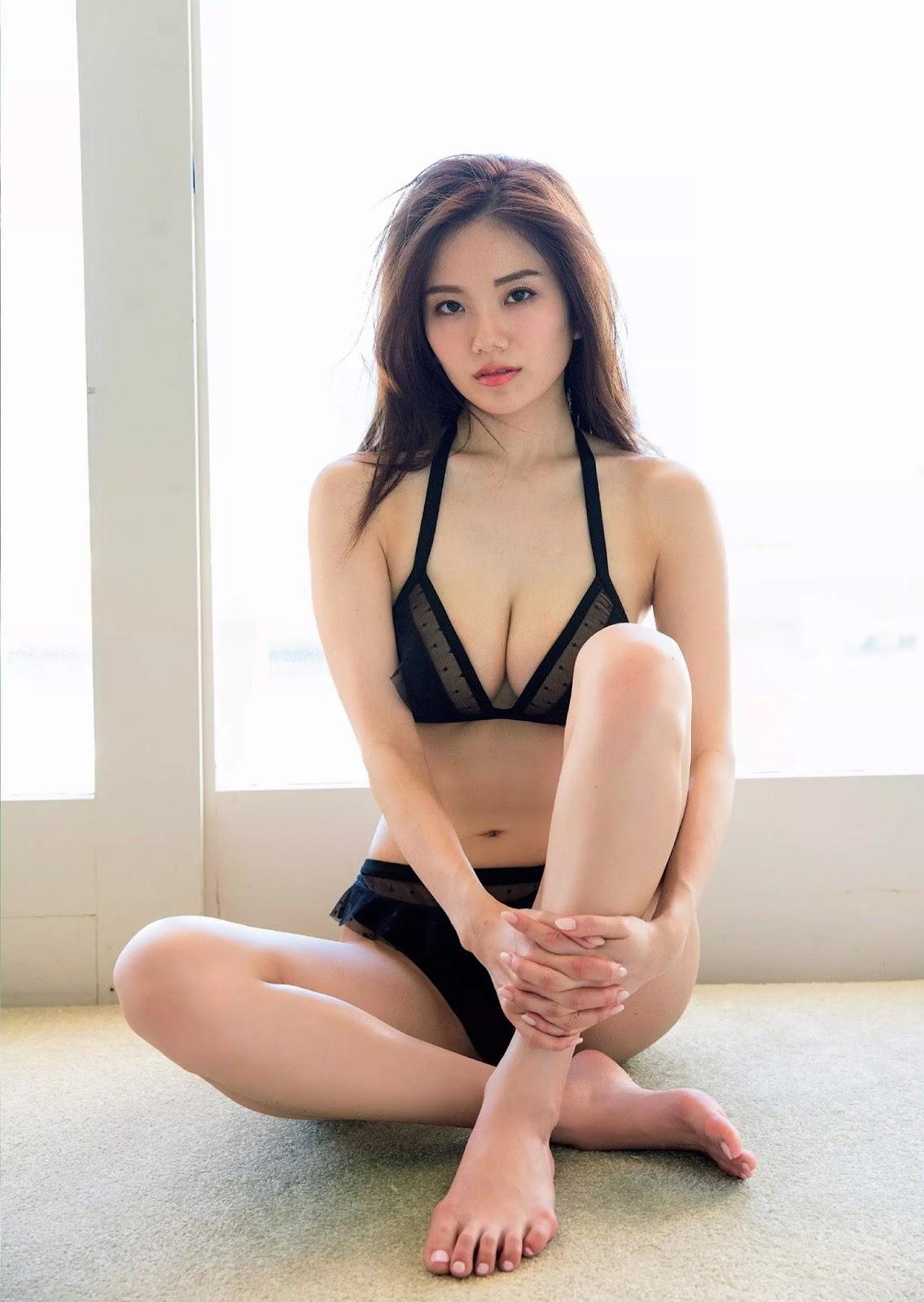 Sayako Ito 伊東紗冶子, Weekly Playboy 2017 No.46 (週刊プレイボーイ 2017年46号)