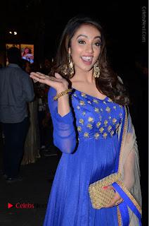 Telugu Actress Tejaswi Madivada Pos in Blue Long Dress at Nanna Nenu Na Boyfriends Audio Launch  0090.JPG