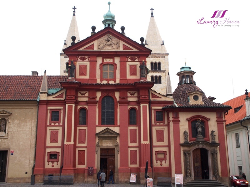 czech republic prague castle st george basilica tour